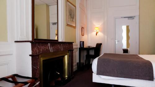 Hôtel du Dauphin : Hotel near Lyon 2e Arrondissement
