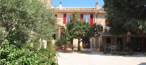 L'Oréliane en Provence : Bed and Breakfast near Châteauneuf-de-Gadagne