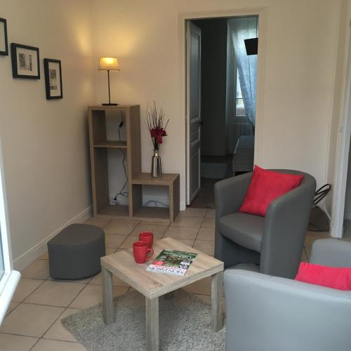 Appartement de charme proche parc du Château de Fontainebleau : Apartment near Vulaines-sur-Seine