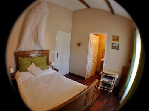 Domaine Rouge-Bleu : Bed and Breakfast near Travaillan