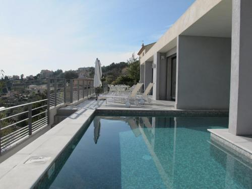 Villa 5* Nice St Pancrace : Guest accommodation near Falicon