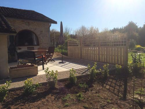 La Loge : Guest accommodation near Charroux
