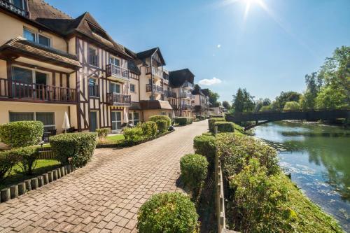 Karma Manoir des Deux Amants : Guest accommodation near Les Andelys