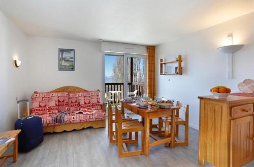 Les Balcons Du Soleil : Guest accommodation near Estavar