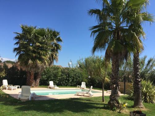 Le Mas du Bijou Bleu : Guest accommodation near Puget-sur-Argens