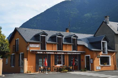 Hôtel de la Gare : Hotel near Beaucens