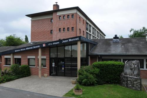 Éthic Étapes Jean Monnet : Hotel near Sembleçay