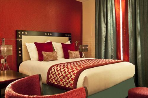 Hotel Le petit Paris : Hotel near Paris 5e Arrondissement
