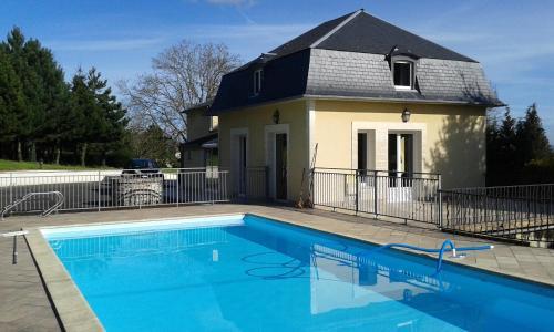 Chambres d'Hôtes Entre Deux Rives : Bed and Breakfast near Gonneville-sur-Honfleur
