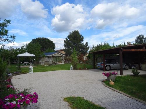 Chalet de Charme : Guest accommodation near Saint-Guilhem-le-Désert