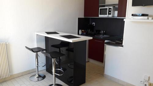 Appart Le Massillon Arenes Centre : Apartment near Bouillargues