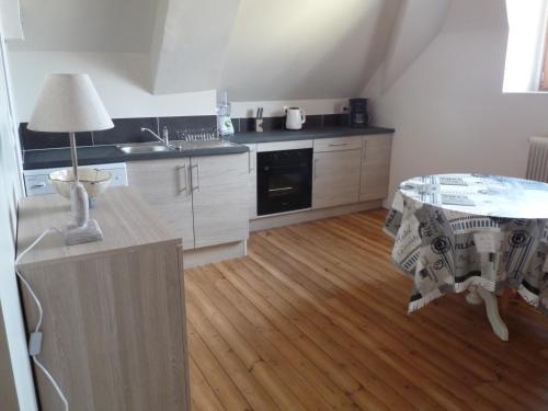 Le Gîte Du Potier : Apartment near Saint-Léger-de-Montbrun