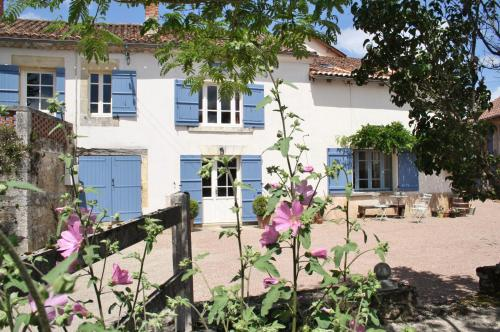 La Verte Dordogne : Bed and Breakfast near Saint-Martial-de-Valette