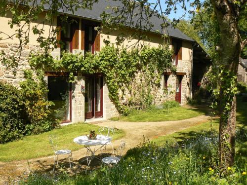 Chambres d'Hôtes du Vault Picot : Bed and Breakfast near Tinténiac