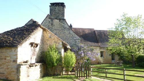 Chambre d'Hôtes Domaine La Fagette (Adults only) : Bed and Breakfast near Marnac