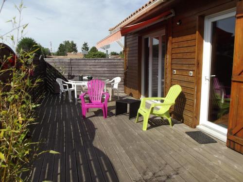 Chalet de charme & Séjour Bien-Etre : Guest accommodation near Sanguinet