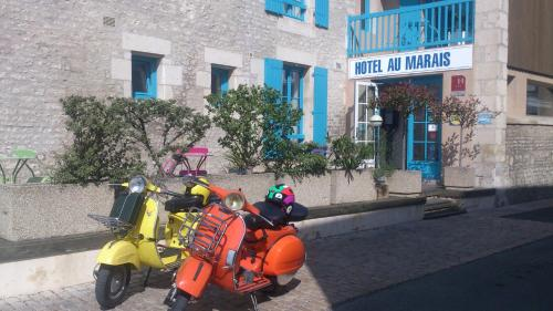 Hotel Au Marais : Hotel near Coulon
