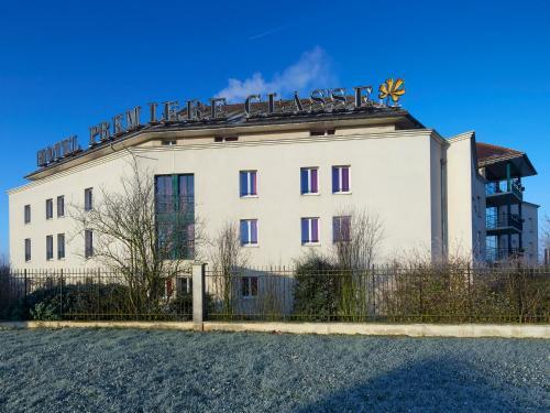 Première Classe Marne la Vallée - Bussy Saint Georges : Hotel near Pontcarré