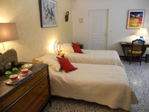 Villa Hanna : Bed and Breakfast near Montmirat