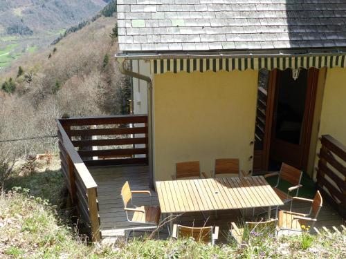 Appartement Les marmottes : Apartment near Vielle-Louron