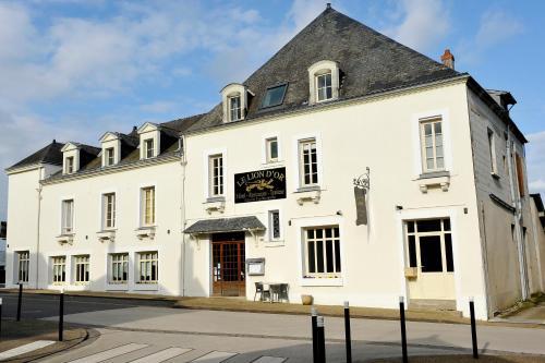 Le Lion d'Or : Hotel near Saint-Laurent-du-Mottay