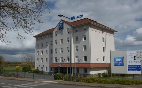 ibis budget Nevers Varennes Vauzelles : Hotel near Jailly