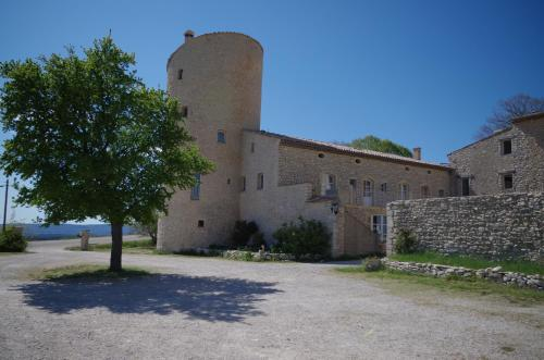 Château de la Gabelle : Bed and Breakfast near Les Omergues