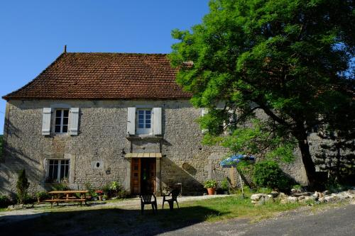 Roquedure Farm : Bed and Breakfast near Séniergues