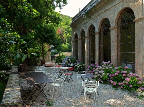 Le Clarou : Bed and Breakfast near Bassurels