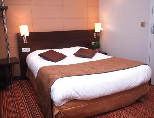 Hôtel Inn Design Resto Novo Le Mans : Hotel near Spay