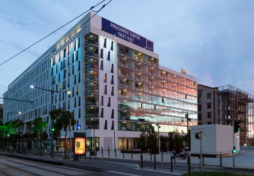 Novotel Suites Marseille Centre Euromed : Hotel near Marseille 16e Arrondissement