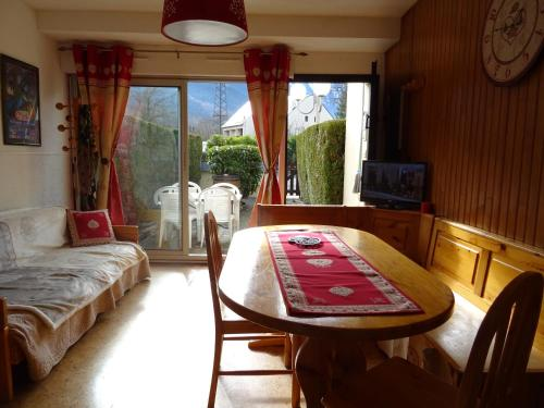 Appartement Saint Lary : Apartment near Camparan