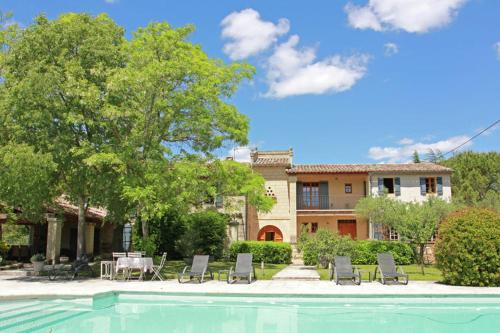 Villa Mas Le Frigoulet : Guest accommodation near Uzès