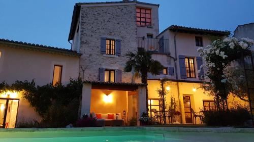 B&B Temps Suspendu Provence : Bed and Breakfast near Pernes-les-Fontaines