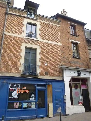 Aloha : Apartment near Montreuil-le-Gast