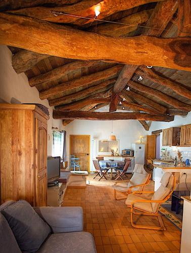 Galileo en Provence : Apartment near Ganagobie