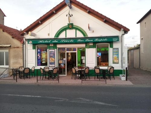 Hotel du siecle : Hotel near Diennes-Aubigny