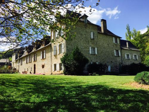 La Demeure du Comte : Bed and Breakfast near Sébazac-Concourès