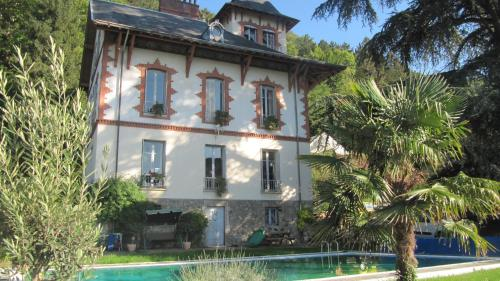 Chateau Les Terrasses : Apartment near Montchaboud