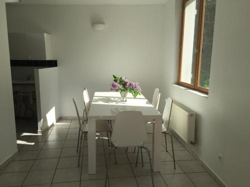 Maison Lyon : Guest accommodation near Vernaison