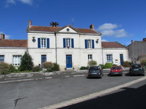 L'Ancien Hôtel de Ville : Guest accommodation near Puihardy