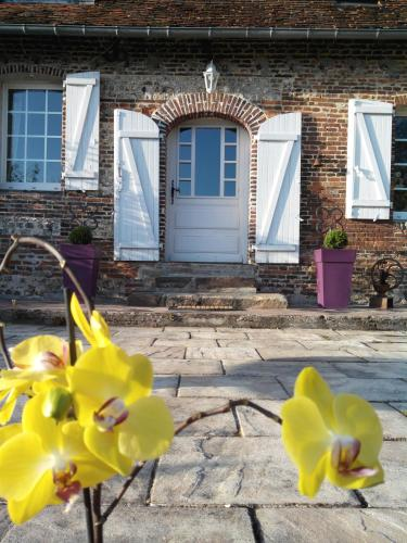 A la Source Normande : Bed and Breakfast near Saint-Samson-la-Poterie