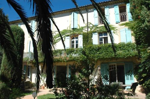 Le Jardin d'Homps : Bed and Breakfast near Roquecourbe-Minervois