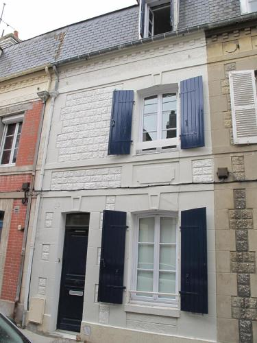 La Maison Bleue : Guest accommodation near Trouville-sur-Mer