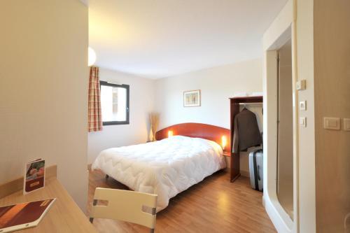 Hôtel & Résidence Site du Futuroscope : Hotel near Vouneuil-sur-Vienne