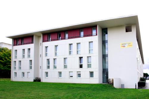 Appart'City Toulouse Diagora Labège : Guest accommodation near Montesquieu-Lauragais