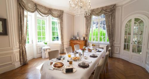 Le Château : Bed and Breakfast near Vimy