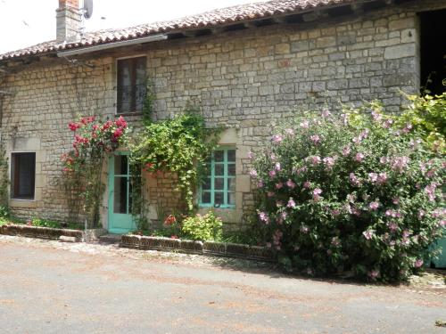Holiday home Le Marronier : Guest accommodation near Caunay