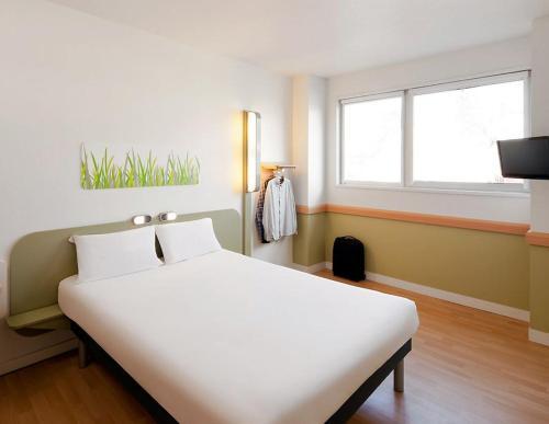 ibis Budget Lille Marcq En Baroeul : Hotel near Roubaix