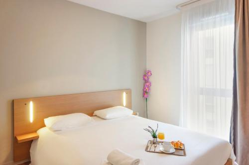 Appart'City Valence Centre : Guest accommodation near Valence